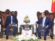越南政府总理阮春福会见世行驻越南首席代表奥斯曼•迪奥
