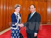 越南政府总理阮春福会见瑞士联邦经济总局局长茵艾辛