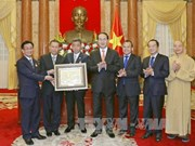 越南国家主席陈大光会见旅居泰国越南侨胞与佛教代表团(组图)