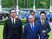 越南政府总理阮春福与泰国总理巴育·占奥差举行会谈(组图)