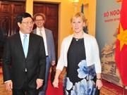 越南副总理范平明瑞典外交部长玛戈特・瓦尔斯特伦举行会谈(组图)