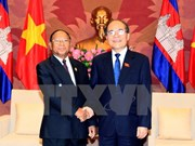 越南国会主席阮生雄会见柬埔寨国会主席韩桑林