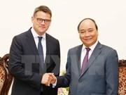 阮春福总理会见德国黑森州科学艺术部长波利斯•莱恩