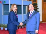 阮春福总理会见古巴科技和环保部部长埃尔巴