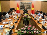 国防部领导人会见越南驻外大使和代表机构首席代表