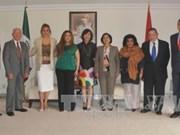 越墨两国加强友好合作关系