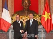 越法两国发表联合声明  同意推进越法战略伙伴关系走向深入