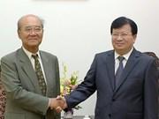 越南政府副总理郑廷勇会见UNESCO前总干事松浦晃一郎