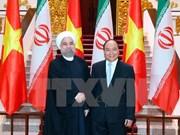 阮春福总理会见伊朗总统哈桑•鲁哈尼