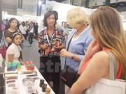 越南磨漆画首次亮相2016年马来西亚国际艺术博览会