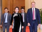 澳大利亚众议院议长托尼•史密斯对越南进行正式访问(组图)