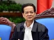越南政府总理阮晋勇启程出访欧洲