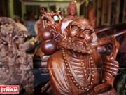 铁翁木雕工艺品