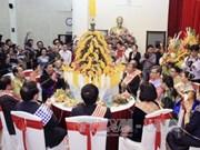 越南党、国家领导人出席老挝传统节