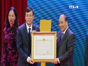 阮春福总理:证卷市场需成为提升财力,推动经济增长的工具