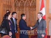 越南国会副主席杜伯巳大将率团对加拿大进行工作访问(组图)