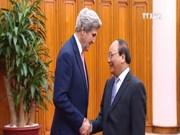 美国国务卿约翰·克里访问越南