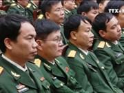 越南政府总理阮春福来到国防情报总局调研