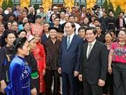 越南国家和政府领导人的活动报道(组图)