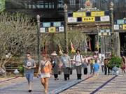 今年4月份越南共接待国际游客100万人次