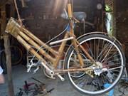 会安市别具匠心的竹制自行车