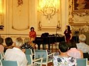 越裔作曲家成功将越南语带到国际舞台