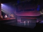 来看越南水上木偶戏  外国观众多于国内观众