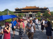 越南全国丰富多彩的九·二国庆节庆祝活动(组图)