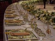 2017年APEC会议:明隆陶瓷为庆祝晚宴提供服务(组图)