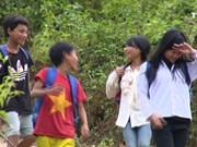 山区特困儿童的上学之路