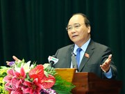 越南政府总理阮春福接触海防市海安郡选民