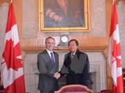 进一步加强越南与加拿大议会间交流与合作