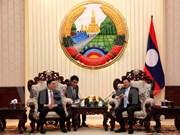 老挝总理通伦·西苏里高度评价越老两国科学技术部的合作关系