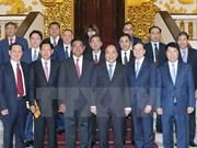 阮春福总理会见柬埔寨副首相兼内务部大臣韶肯
