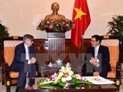 政府副总理兼外长范平明会见西班牙外交国务秘书伊格纳西奥