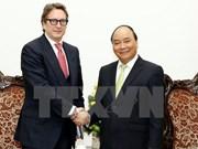 阮春福总理会见美国先驱资本伙伴基金首席执行官范成飞