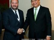 阮春福总理会见CNN国际新闻网络首席商务官拉尼·拉得