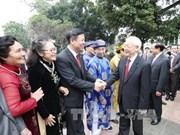 阮富仲总书记向河内市市委、政府和市民拜年
