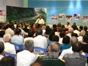 政府常务副总理张和平出席越南战俘联络委员会举行的2017年新春见面会