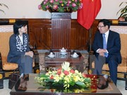 加拿大希望推动与越南的合作关系