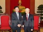 越共中央总书记阮富仲会见老挝政府总理通伦·西苏里