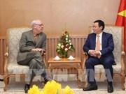 王廷惠副总理会见美国印第安纳大学公共与环境事务学院院长