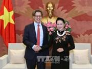 越南国会主席阮氏金银会见瑞典与匈牙利驻越大使