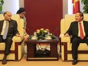越南印度加强在信息技术和电信邮政领域的合作
