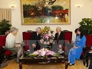 越共中央总书记阮富仲亲切会见日本天皇明仁和夫人