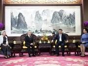 中国国家主席习近平会见柬埔寨国王西哈莫尼