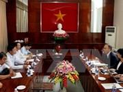 越南西南部事务指导委员会与日本广岛县加强合作 做好环境卫生整治工作