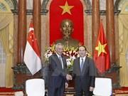 越南国家主席陈大光会见新加坡总理李显龙