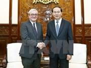 越南国家主席陈大光会见法国新闻社首席执行官胡格