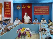 高棉族同胞传统新年:阮善仁积极在茶荣和朔庄两省开展走访慰问活动